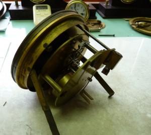 Některé součásti strojku byly značně opotřebované